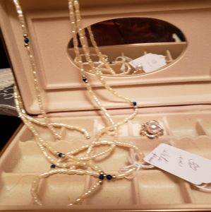 Jewelry box with ring and chain
